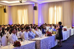Đại diện Sunshine Group huấn luyện cho các chuyên viên sales Bamboo Realty